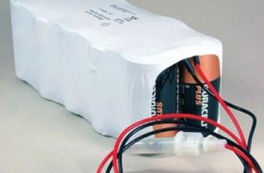 Pool table battery pack