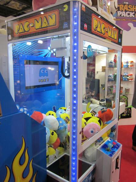 Pac-Man Grabber Crane