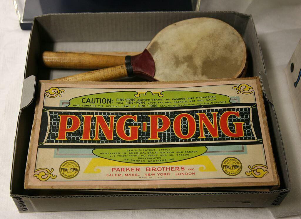 A vintage table tennis set made by the Parker Brothers, New York.