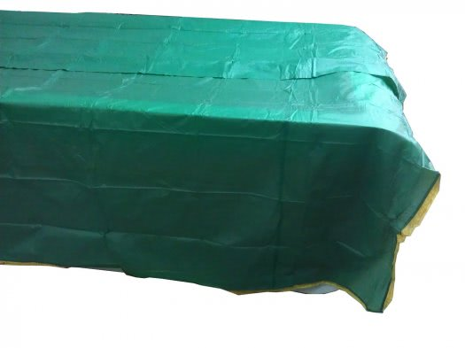 Deluxe Green Table Cover with Gold Coloured Fringe