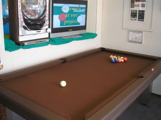 Billard Toulet Leatherlux Slate Bed Snooker Table