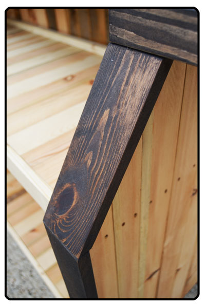 Detail of the timber used on the Rustic Outdoor home bar.