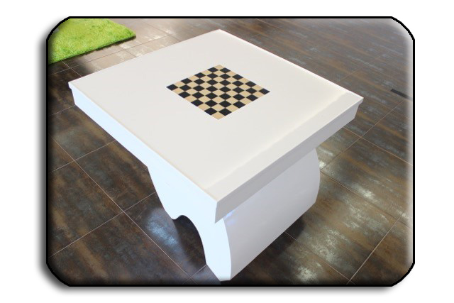 The Picasso card and games table