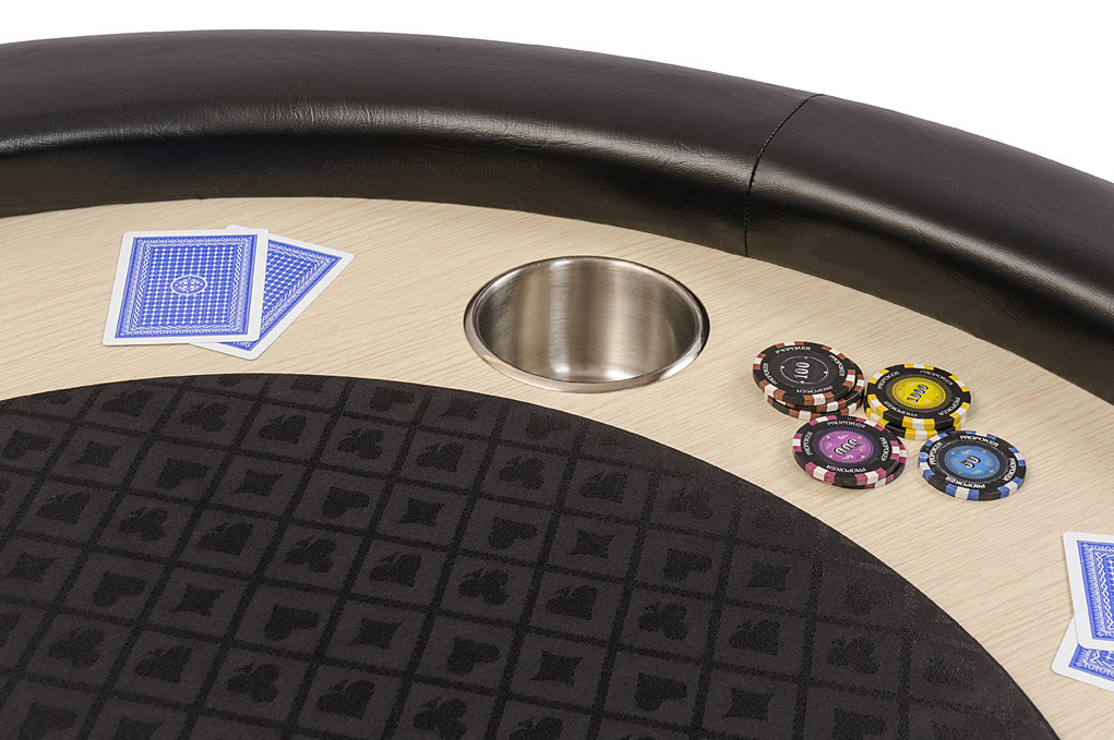 The rail and cushion on the Pro Poker table