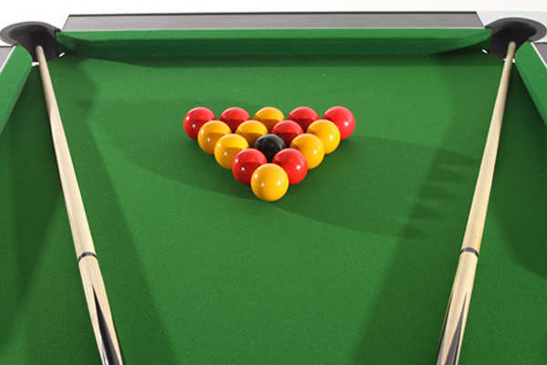 Accessories supplied with the Deluxe Foldaway pool table