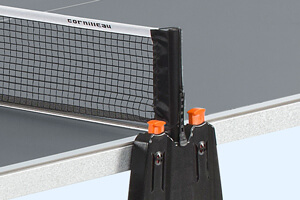 The Cornilleau Sport 150S table tennis table's net fold system.