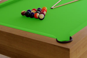 Drop pocket on the Houdini pool table