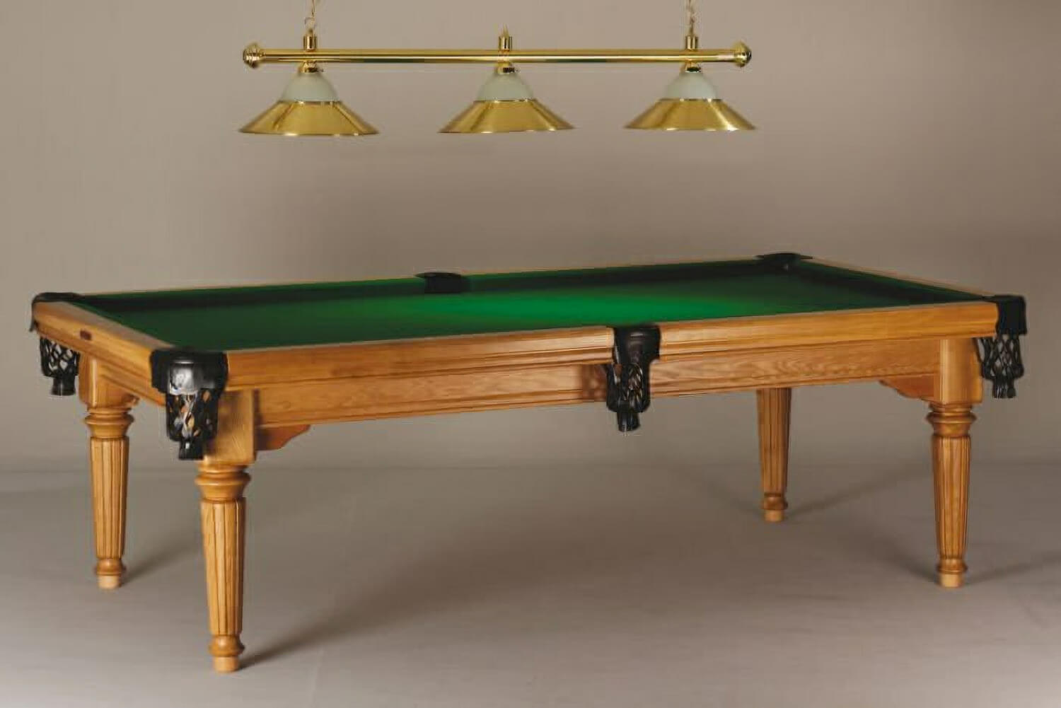 Vienna Vintage Pool Table (lights Not Included)