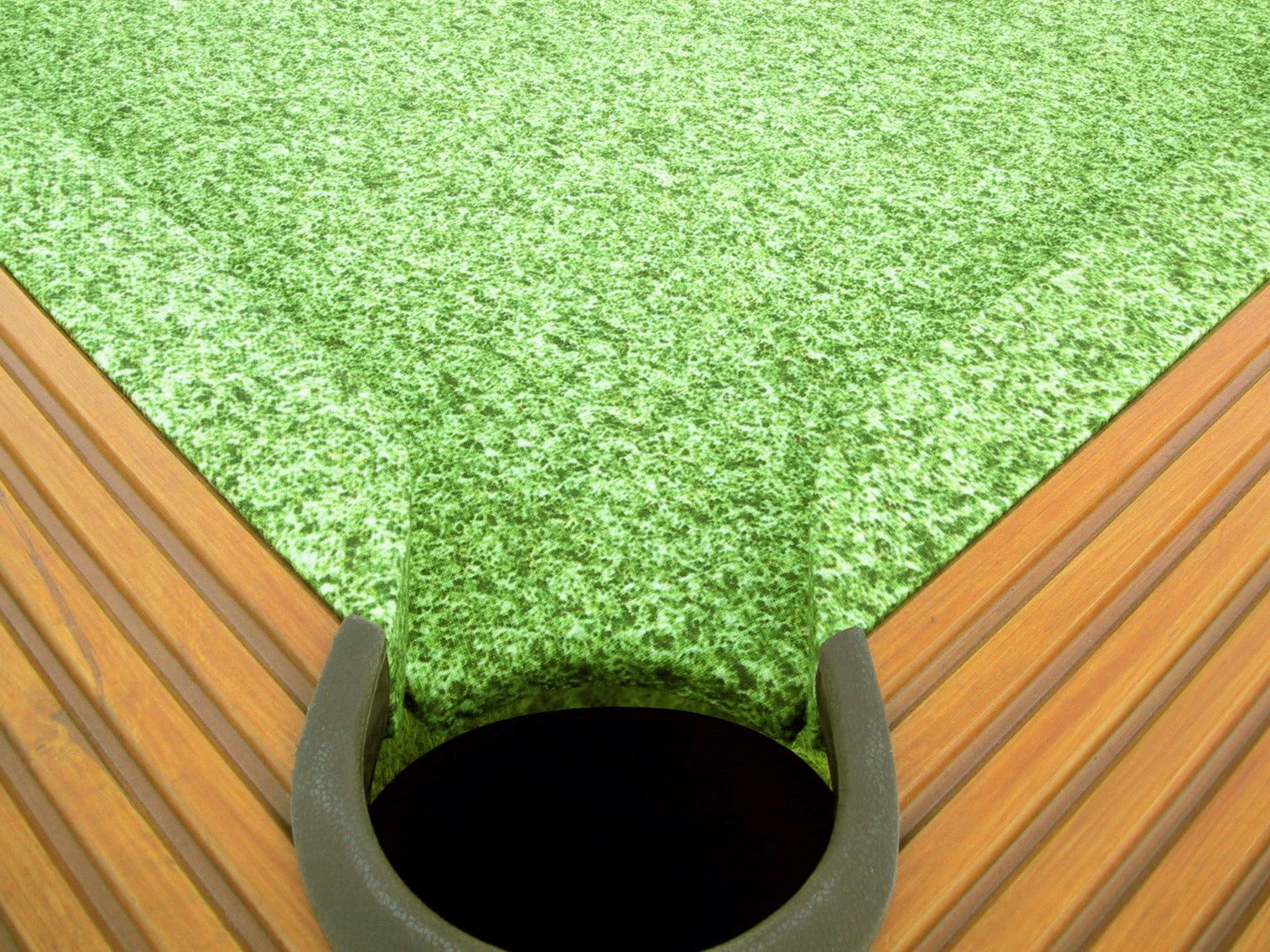 outdoor pool table pocket