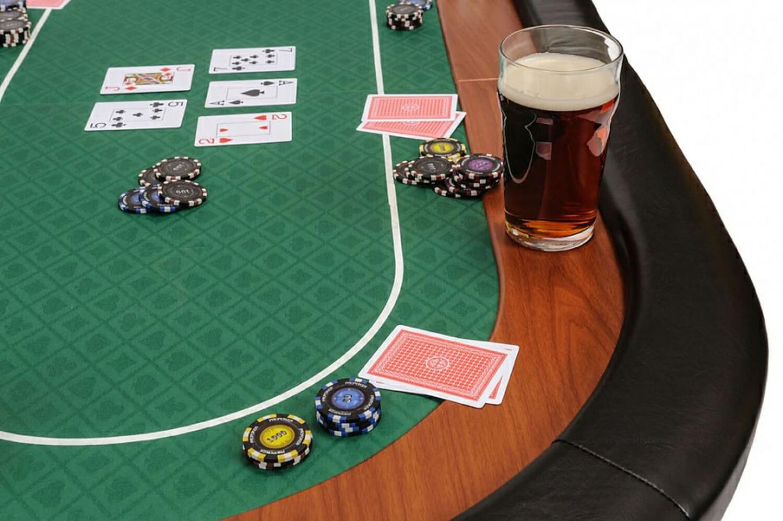 Casino table poker rome