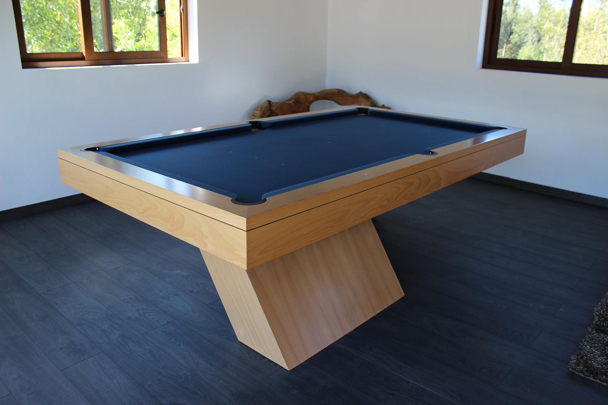 The Houdini Slate Bed Pool Table | Liberty Games